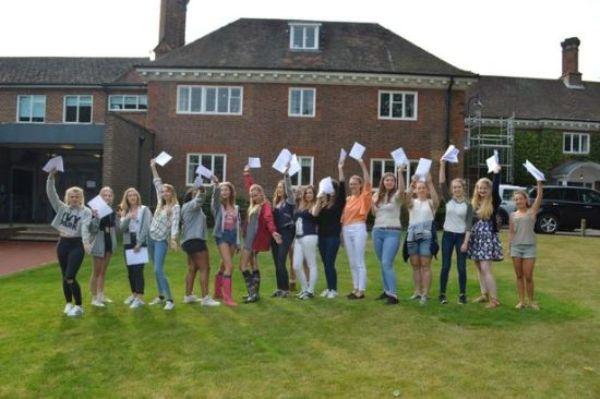 Luckley House School, England Photo 2