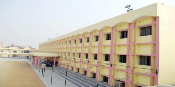 Rani LaxmiBai Memorial School, Lucknow